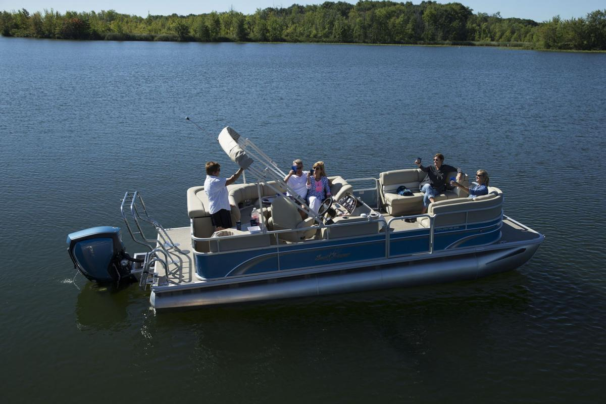 2018 sunchaser pontoon 8522 classic cruise ingman marine for Yamaha repower cost