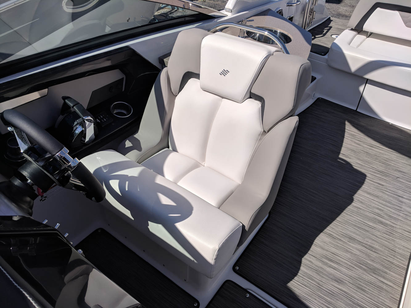 2019 Four Winns - Bowrider - Horizon 290 OB - Boaters Landing